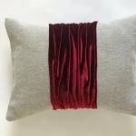 Декоративные подушки Deluxe. Подушка Desert Stone & Liquid Ruby