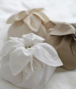 Косметички Сумочки Маски для сна. Маленькая сумка «Тюльпан» лен от Catherine Denoual Maison