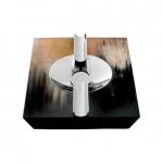 Пепельницы Зажигалки Deluxe. Пепельница с отделкой рогом (20 х 16,5) Horn & lacquer by Arca Trapezium