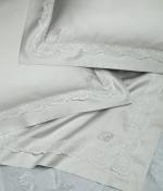 Декоративные подушки Deluxe. Декоративная подушка Dentelle (50х50) от Blumarine art. 71790