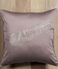 Декоративные подушки Deluxe. Подушка Перья (50х50) от Catherine Denoual Maison