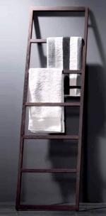 Стойки напольные с бумагодержателем, полотенцедержателем, ёршиком и высокие. Деревянный полотенцедержатель тёмный SPALL