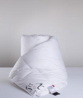 Одеяла. Одеяло пуховое кассетное (150х210) 1-го класса Snow Queen (Легкое) от Ringsted Dun