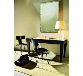 Столы для офиса, кабинета. Стол письменный Paris