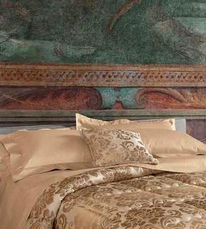 Декоративные подушки Deluxe. Декоративная подушка Selene (42х42) от Blumarine