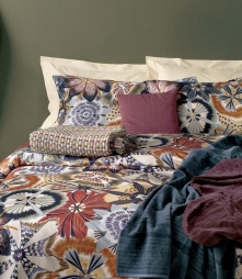 Постельное бельё Deluxe. Постельное белье королевское Olga (240×220) с наволочками 70х70 Бежевый от Missoni