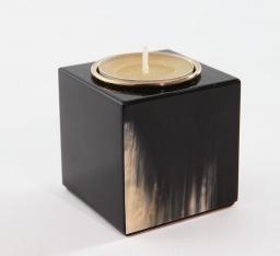 Подсвечники Deluxe. Подсвечник из темного рога (5,5 см)