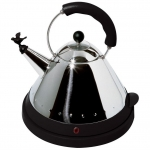 Чайник электрический со свистком черный
