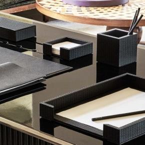 Аксессуары для кабинета Deluxe. Pinetti Carbon Nero аксессуары для кабинета настольные кожаные