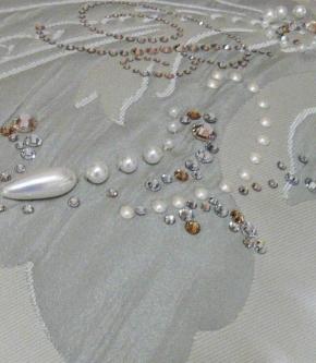 Пледы Покрывала Deluxe. Покрывало Diadema 270х270 см и декоративная подушка 50х50 Серебро
