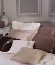 Постельное бельё Deluxe. Постельное белье полутороспальное Дикая Роза (140х200) Ореховый от Catherine Denoual Maison