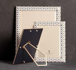 Рамки для фотографий Deluxe. Рамка для фото Chevron Gold