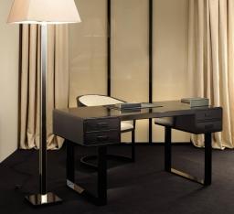 Столы для офиса, кабинета. Стол письменный Euclide
