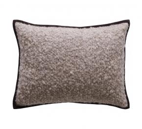 Декоративные подушки Deluxe. Подушка на кресло Boucle Cashemere-Stone
