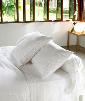 Постельное бельё Deluxe. Постельное белье семейное Складки (140х200 — 2 шт.) Белый от Catherine Denoual Maison
