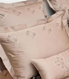 . Элитное постельное белье сатин Ангел  — двуспальный от Catherine Denoual Maison
