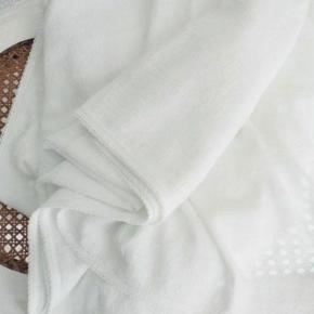 Пледы Покрывала Deluxe. Покрывало Idylle Soie (260×240;) Белый от Nina Ricci Maison