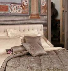 . Декоративные подушки Broderie (42х42; 36см.) от Blumarine