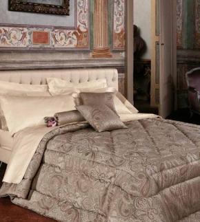 . Покрывало на кровать блюмарин Broderie от Blumarine