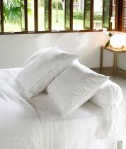 Постельное бельё Deluxe. Постельное белье двуспальное Складки (200х200) Белый от Catherine Denoual Maison