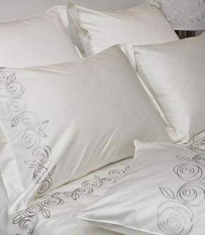 Постельное бельё Deluxe. Элитное постельное белье сатин Розочки  — двуспальный от Catherine Denoual Maison