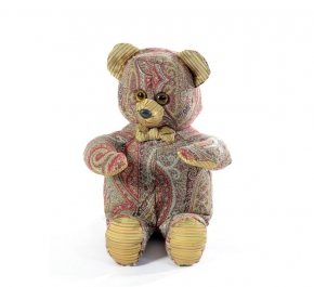. Мишка (мягкая игрушка) в текстиле с узором (34 см)