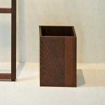 Мебель и Аксессуары для ванной из натурального дерева, Раттана и Бамбука. Настольные аксессуары для ванной тон Венге Wenge ведро деревянное