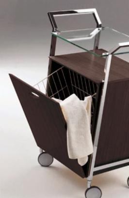 Этажерки для ванной. Стеклянная этажерка на роликах с корзиной для белья CRISTALLO Cont Wenge