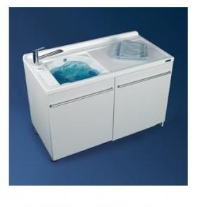 Итальянские постирочные раковины Мебель и оборудование для постирочной комнаты. Постирочная раковина белая SX Colavene Active Wash с крылом для стиральной машины