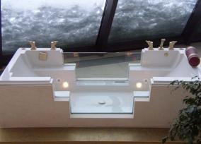 Ванны. NEVOBAD ванна со стеклянными бортами COCOON