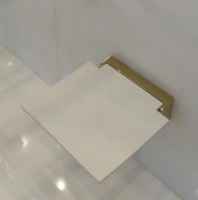 Банкетки для ванной Пуфы Интерьерные Табуреты для ванной и душа Откидные сиденья. Откидное сиденье для душевой кабины и душа складное Klapp Золотое