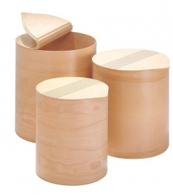 Корзины для белья. Корзина для белья Buk деревянная круглая с крышкой