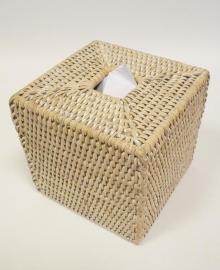 Мебель и Аксессуары для ванной из натурального дерева, Раттана и Бамбука. Салфетница плетёная Rattan Ротанг Куб светлый