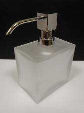 Аксессуары для ванной настольные. Настольные аксессуары для ванной белые стеклянные Дозатор