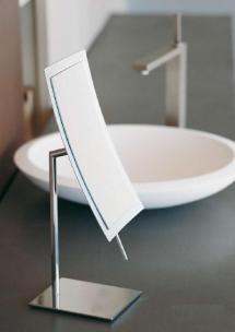 Зеркала косметические с подсветкой увеличением настенные настольные Зеркала с присосками. Зеркало косметическое для ванной настольное с увеличением 1х3 Mira Pomdor