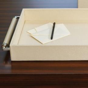 Аксессуары и Мебель для дома. Кожаный поднос Double Handle Serving Tray-Ivory