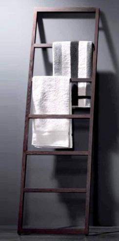 Мебель и Аксессуары для ванной из натурального дерева, Раттана и Бамбука. Деревянный полотенцедержатель тёмный SPALL