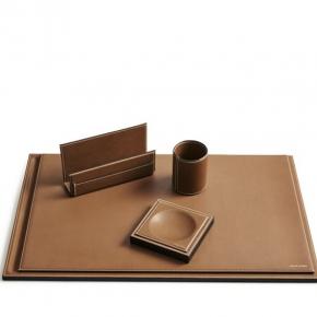 Аксессуары для кабинета Deluxe. Ralph Lauren Home BRENNAN Saddle Catchall сет для стола кожаные аксессуары