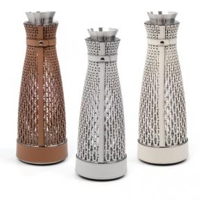 Посуда Столовые приборы Декор стола Deluxe. Pinetti Karen термос графин с кожаным декором