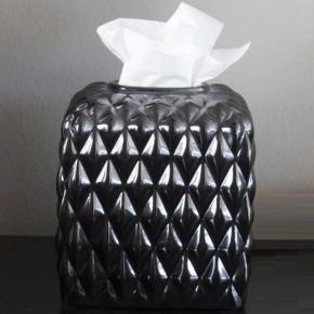Салфетницы настольные настенные. Villari Black Tie салфетница куб фарфоровая
