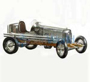 Автомобиль Bantam Midget