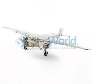 Аэроплан с тремя моторами