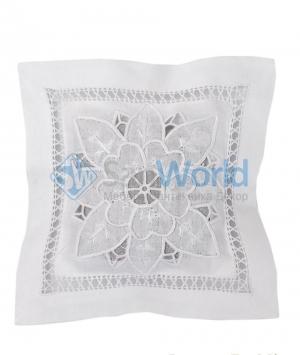 Саше хлопковое белого цвета Белая вышивка 2 с наполнителем Лаванда от Le Blanc
