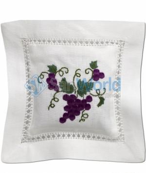 Саше хлопковое цветная вышивка Виноград с наполнителем Лаванда от Le Blanc